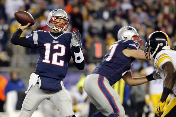 Patriots quarterback Tom Brady throws a pass against the Pittsburgh Steelers in the second half at Gillette Stadium on Nov. 3.