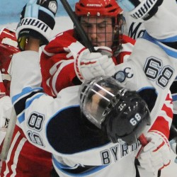 Maine hockey beats No. 7 Boston College 5-1