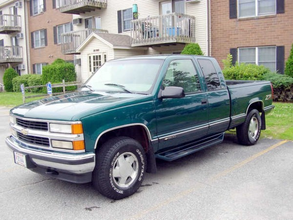 Richard McGuinness' 1998 Chevrolet Z71 Silverado, which recently rolled past 200,000 miles.