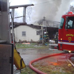 Fire destroys Waterford convenience store