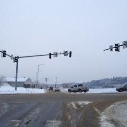 Accident on Broadway leaves more than 1,000 Bangor Hydro customers without power
