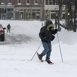 Ice, snow hinder holiday shoppers
