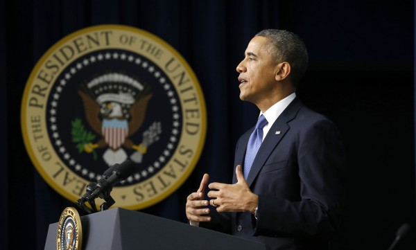 U.S. President Barack Obama speaks at the White House Youth Summit on the Affordable Care Act in Washington December 4, 2013. Obama urged Americans not to be discouraged by the rocky rollout of HealthCare.gov on Tuesday and vowed to fix whatever glitches remain as he sought to restore confidence in his leadership.