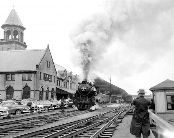 Steam locomotive 470 chugged into Union Station on Sunday marking the last visit to Bangor of a Maine Central steam train in this June 1954 file photo.