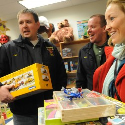 Toys for Tots volunteer eyed in gift thefts