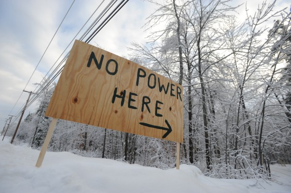 Mike Hussey put out a sign letting Bangor Hydro know he has no power at the entrance to his home in Ellsworth along Route 1A. Hussey has been without power since Monday at noon.