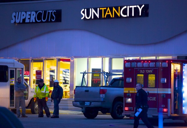 According to an officer on the scene, there was an accidental death at a plaza in Old Town where a Sun Tan City is located. Police tape was located around an area in front of a construction site next to the tanning salon.