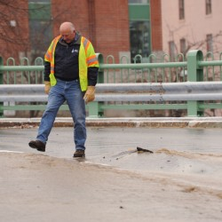 Water main break closes federal building in Bangor