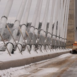 Falling ice chunks keep Penobscot Narrows Bridge closed Monday