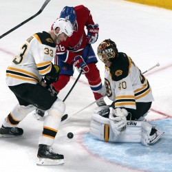 Thomas saves 33 in 3-2 Bruins win over Canadiens