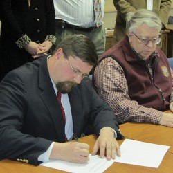 Rockland cuts jobs, reduces hours to balance budget