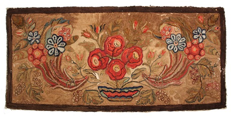19th Century Waldoboro hooked rug that sold for $8,050