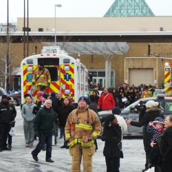 Gunman kills himself after opening fire in New Jersey mall
