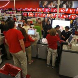 US holiday electronics sales drop 5.9 percent