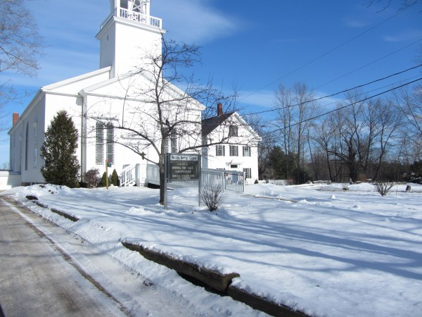 The former Warren Primary School is expected to be sold to the neighboring Warren Baptist Church.
