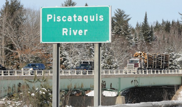 The southbound lanes of Interstate 95 were closed for about 20 minutes because of an accident on the Piscataquis River bridge in Howland Tuesday.