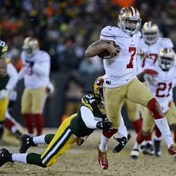 49ers' Kaepernick gets big assist from Aldon Smith