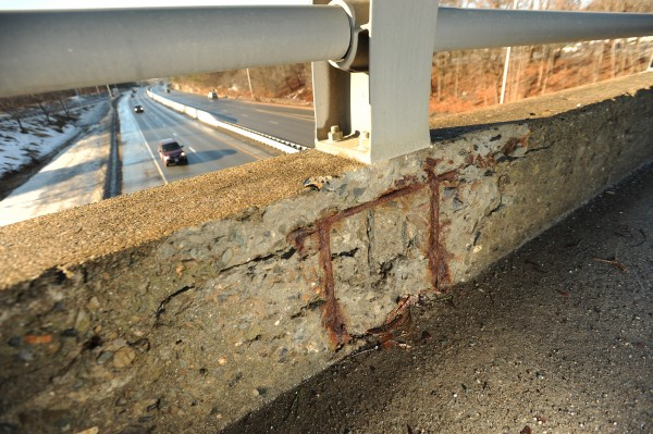 The Union Street bridge over I-95 in Bangor as seen on Wednesday, Jan 15, 2014.