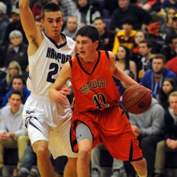 Hampden boys basketball team handles Messalonskee, extending win streak to 37