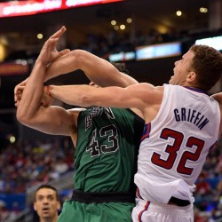 Clippers rout Celts, extend winning streak to 15 games