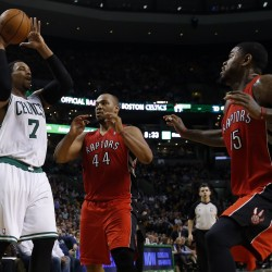 Garnett helps Celtics earn fifth straight win without Rondo