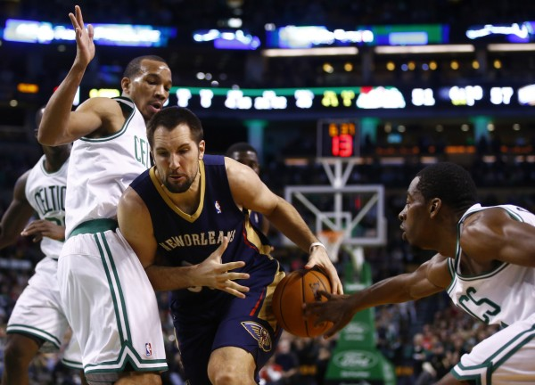 New Orleans Pelicans power forward Ryan Anderson (33) drives to the basket against Boston Celtics point guard Avery Bradley (0) in the second half at TD Garden in Boston Friday night. The New Orleans Pelicans defeated the Boston Celtics 95-92.