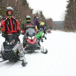 Andy Santerre leads the SNO-RUN 100 mile ride.  Photo by Duane McCubrey