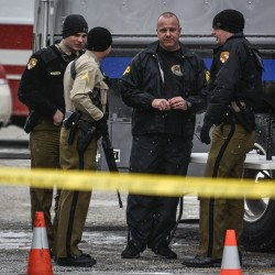 Three dead, including gunman, in Maryland mall shooting