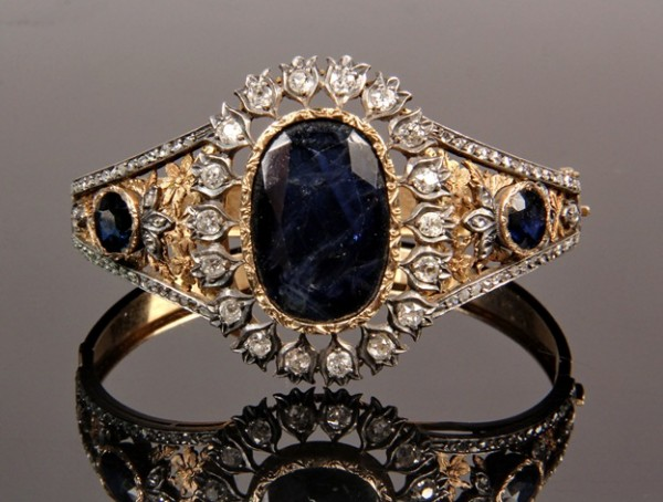 Victorian Moghul hinged gold bracelet set with sapphire and diamonds to be sold at Thomaston Place Auction Galleries on Feb. 8 & 9