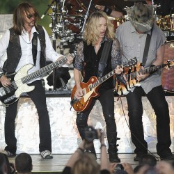 J. Geils Band, Reba McEntire, Stone Temple Pilots on the Waterfront
