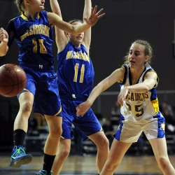 Washburn girls use full-court traps, second-quarter run to collect 4th straight Class D state title