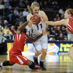 UMaine women's basketball team knocks off New Hampshire, earns No. 4 seed