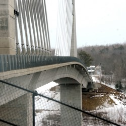 Lawmaker proposes installation of suicide-prevention fence on Penobscot Narrows Bridge
