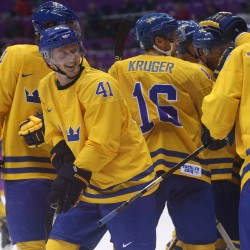 Olympic ice hockey: Finns break Russian hearts as US, Canada advance
