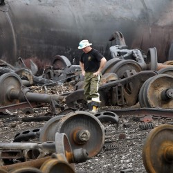 Michaud, Pingree meet with NTSB chairman; LePage to attend memorial for Lac-Megantic victims