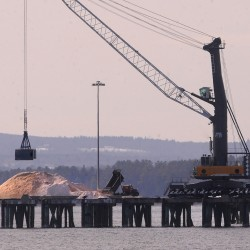 40,000 tons of New Jersey's rock salt stuck in Searsport