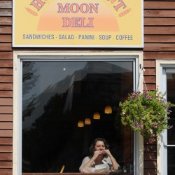 Eatery signs bad omen for Bangor