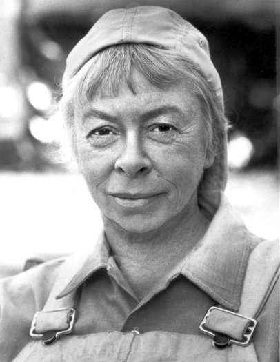 Mary Grace Canfield, an actress best known for her role as Ralph the carpenter on TV's &quotGreen Acres,&quot has died in Santa Barbara. She was 89.