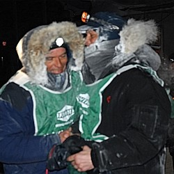 Quebec woman wins Can-Am 60-mile sled dog race; Minnesota musher leads 250