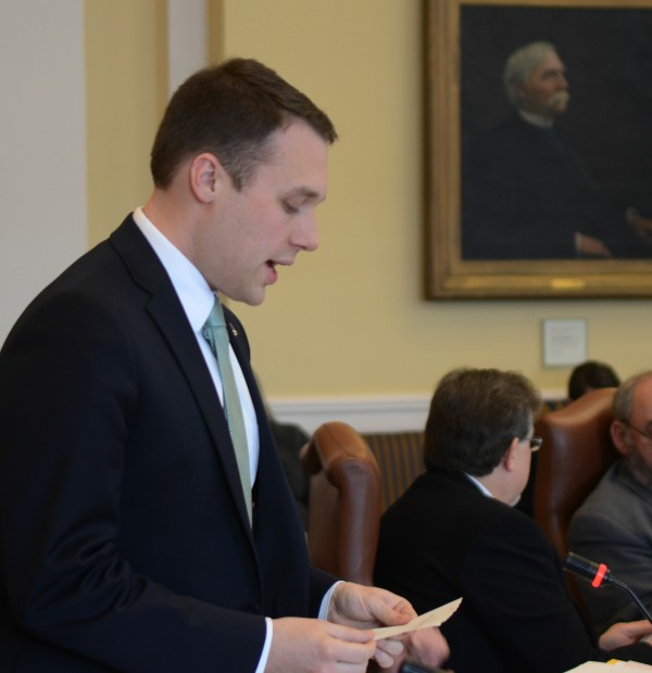 Sen. Garrett Mason, R-Lisbon Falls, offers an amendment on a concealed carry bill in the Senate on Friday.