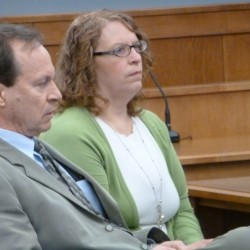 Judge declares mistrial after jury deadlocks over Brownville woman accused of hiring hit man to kill husband