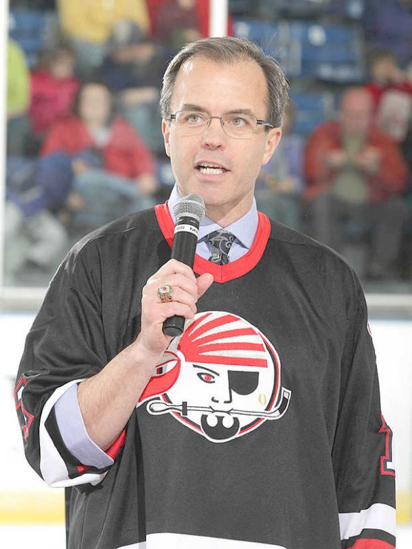 NESN broadcaster Tom Caron speaks to fans Saturday at the Androscoggin Bank Colisee in Lewiston.