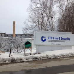 GE Security plant in Maine to pare work force