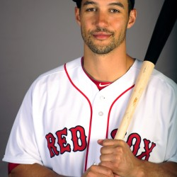 Red Sox to go with Grady Sizemore as starting center fielder