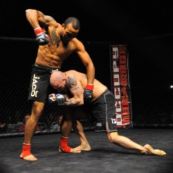 Brewer fighter breaks hand but still wins Cage FX MMA crown