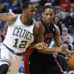 Raptors hold off Celtics, clinch first playoff berth since 2008