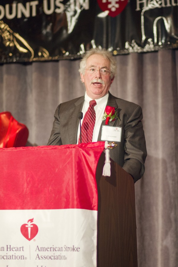 Dr. Mirle A. Kellett received the 2014 Crystal Heart Award for his contributions to improving cardiac care in Maine.