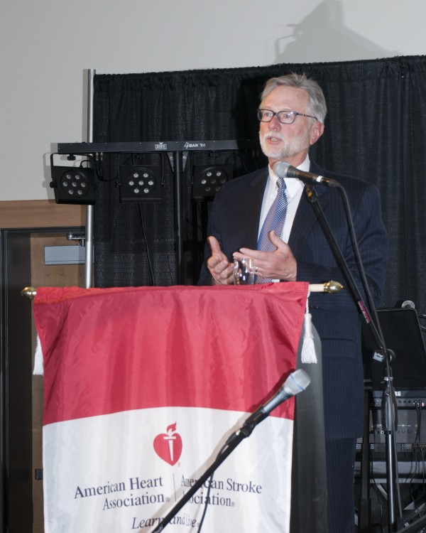 Jerry Whalen received a Distinguished Service Award at the Heart Ball.