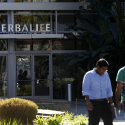 Bill Ackman's short sale puts herbalife in the crosshairs