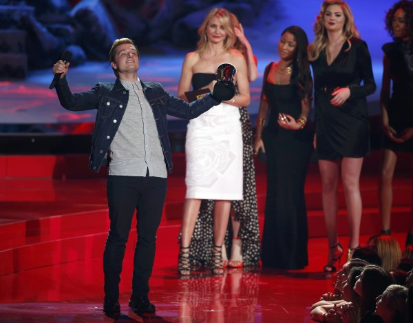 Josh Hutcherson accepts the award for Best Male Performance for &quotThe Hunger Games: Catching Fire&quot at the 2014 MTV Movie Awards in Los Angeles, California on April 13, 2014.